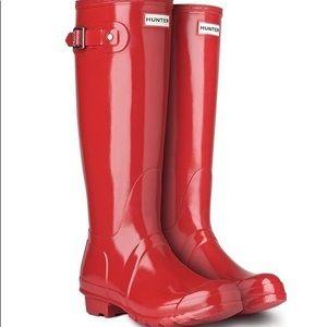 HUNTER Rain Boots • Tall Red Gloss